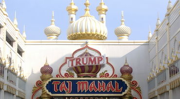 /uploadedImages/Destinations/East/Trump_Taj_Mahal.jpg