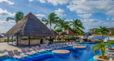 /uploadedImages/Destinations/International/moon-palace-cancun-370.png